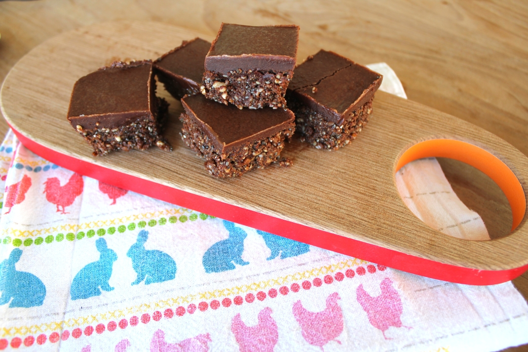 Raw Chocolate slice almond cashew chia seeds sesame cocao coconut oil wholefoods healthy kids